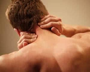 Причины появления боли в шее