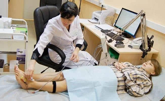 Что делать с параличом после инсульта