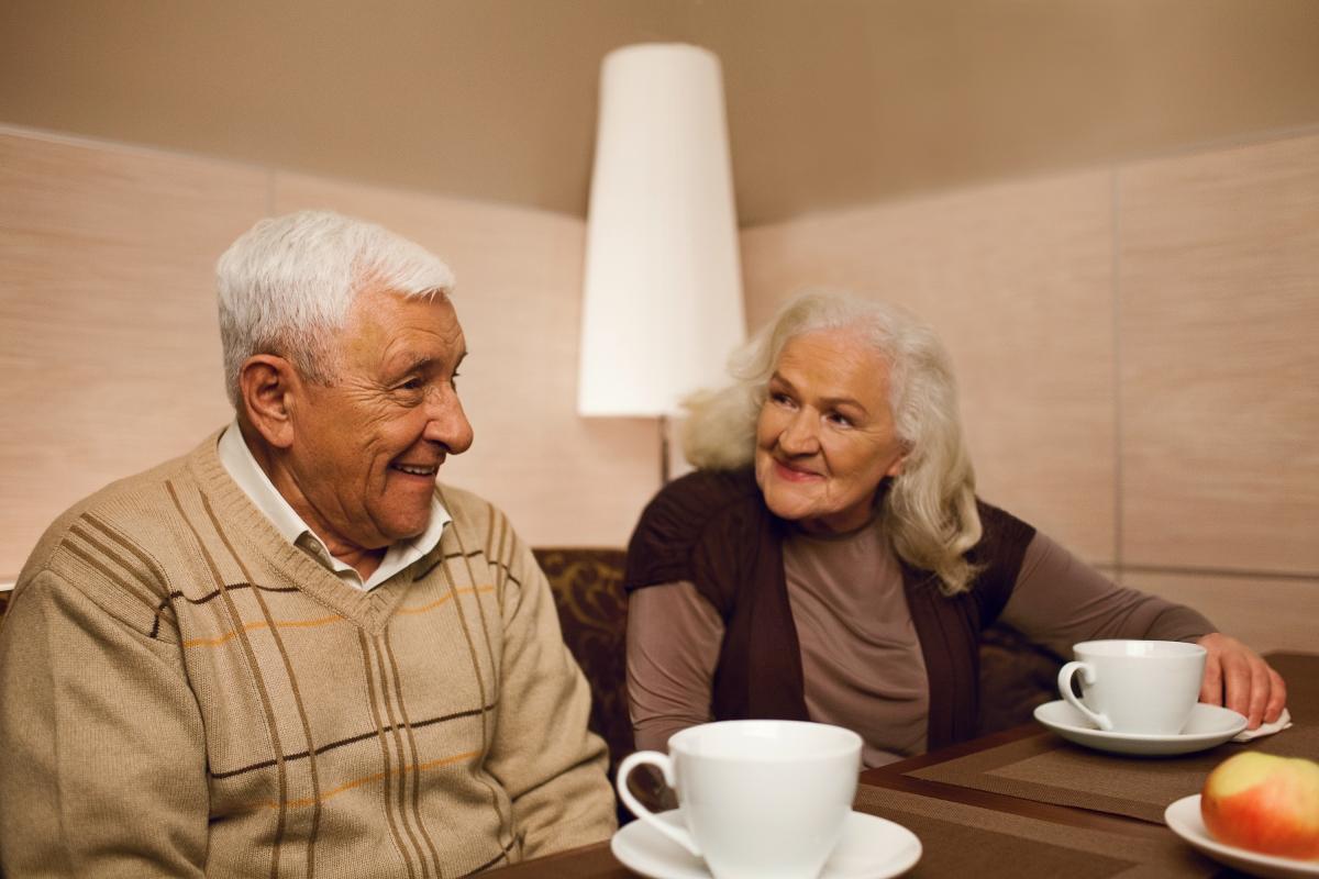 Когда нужен пансионат пожилому человеку?